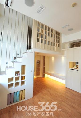 小复式楼装修样板间 甜美简约风高清图片