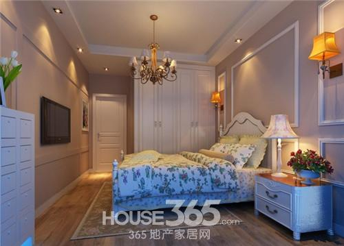 这款卧室装修效果图以白色调为主,它的少女系列主要体现在床的布置上