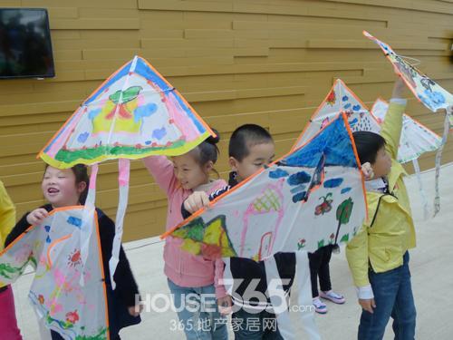 雨伞自制风筝步骤