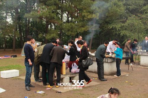 (合肥植物园内烧烤活动 365地产家居网 资讯中心)