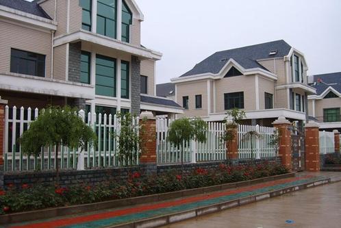 农村别墅砖砌围墙