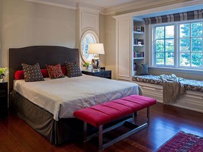个性的飘窗设计 打造小卧室的温馨