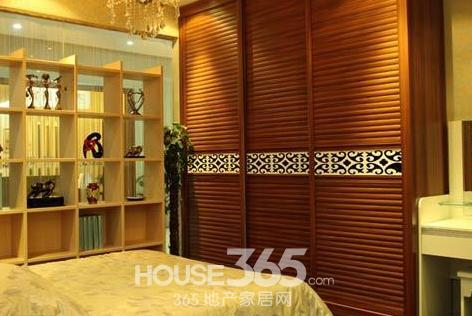 家装整体衣柜效果图 贴心设计让居室整洁
