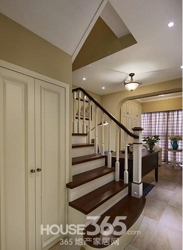 楼梯柜子欧式效果图