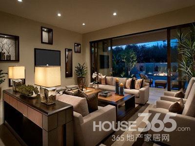 欧式客厅沙发背景墙 奢华复古风情