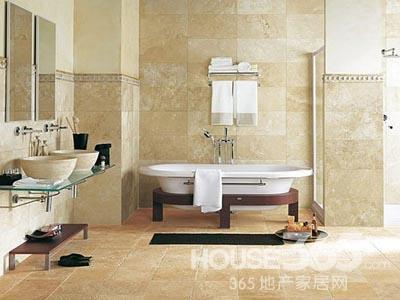 卫生间瓷砖效果图:仿木纹理的瓷砖在瓷砖运用在卫浴地面上,不仅能
