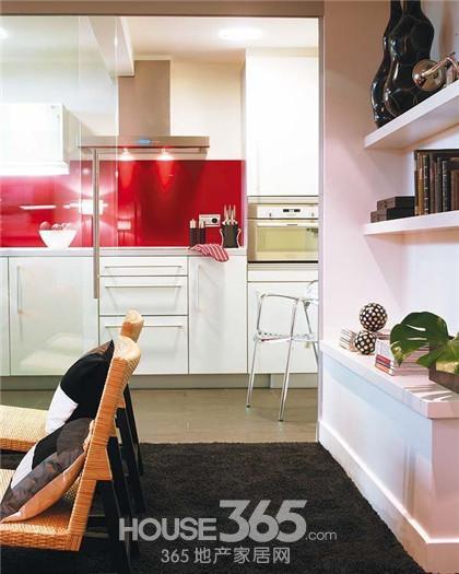 50平小户型装修图:由于没有明显的空间区分客厅和厨房,将墙高清图片