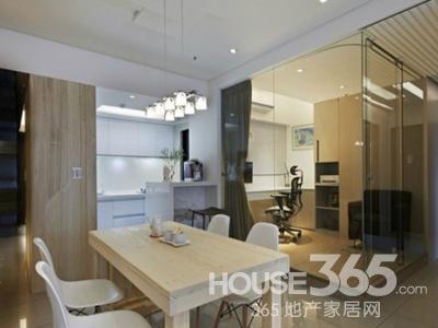 家装玻璃隔断效果图 空间巧妙设计