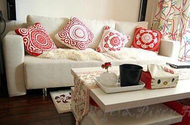 储物屋的收纳 50平红白色调简约装修