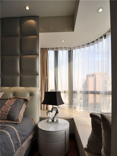 装修案例 卧室拐角飘窗设计 转角之间遇到爱  卧室拐角飘窗设计:房屋