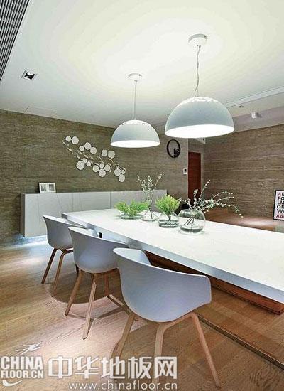 白色与浅木色世界 现代简约风格别墅设计(图)