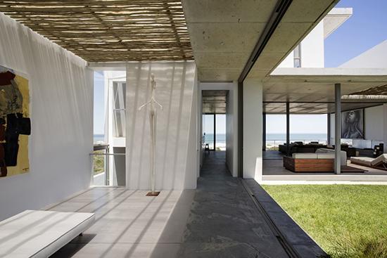 隐藏式创意空间 12图休闲海景别墅设计图片
