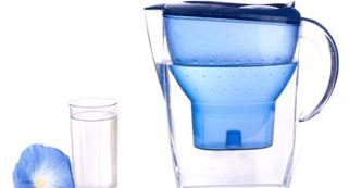 净水器选购重性价 净水器使用换好芯