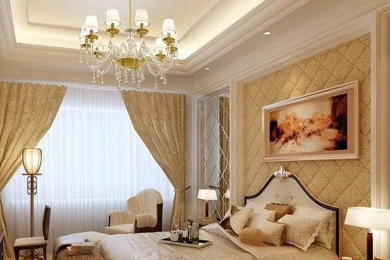 床头背景软包不仅能起到隔音等功能,还能营造整个卧室的风格。下面小编为您介绍的这些卧室床头背景软包效果图引人入胜,如果你也想设计一款独树一帜的风格,不妨采用床头背景软包吧。床头软包是卧室床头常用的背景墙装饰之一,软包一般采用质地较软、色彩柔和的材质做成,不仅起到装饰美化的作用,还具有阻燃,吸音,隔音,防潮,防静电,防撞的功能。