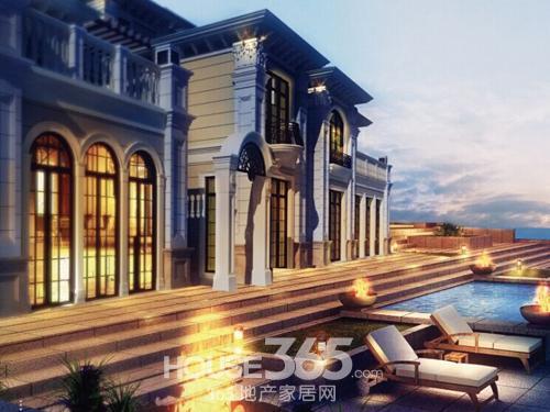 在建筑理念上,岛屿别墅遵循了欧式建筑贴近自然