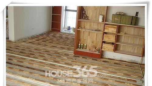 实木地板在实际使用中出现问题