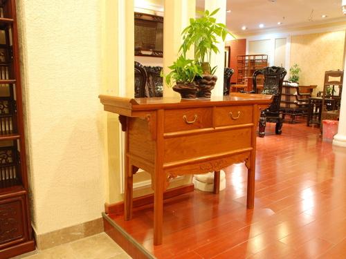 一套红木家具多少钱 红木家具价格走势