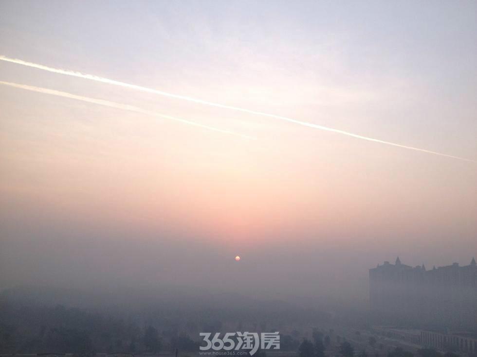 北京雾霾锁城 网友称如入仙境(图)