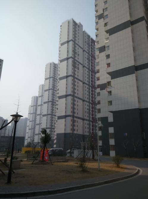 莲花新城嘉园3室1厅1卫83平方产权房精装换房急售