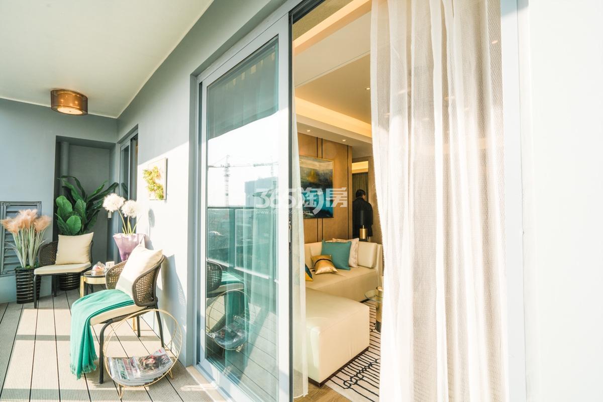 融信澜天高层89方(B1户型)样板房—阳台