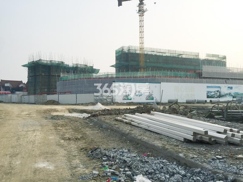 澜岸铭邸二期小高层工程实景图(2017.3 摄)